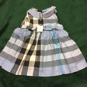 Burberry girl dress 4 Y